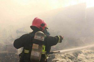 2361398 300x200 جزئیات آتش سوزی در هتل پارس اهواز/مسافران تخلیه شدند