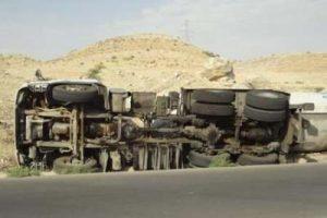 81703913 70068910 300x200 واژگونی تانکر عراقی درجاده شوش اهواز موجب ترافیک سنگین شد