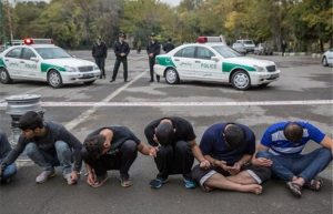 1015943@700x450 300x193 انهدام باند سارق خودرو با 11فقره سرقت در دزفول