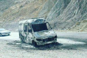 2591059 300x200 آمبولانس حامل مصدوم آتش گرفت