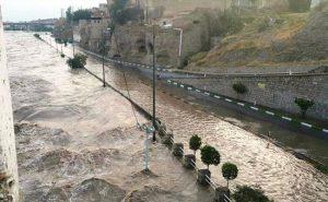 2 9 300x185 مدیریت بحران استانداری خوزستان در خصوص ورود سامانه بارشی و آبگرفتگی در استان خوزستان هشدار داد