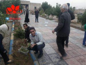 IMG 20190109 183638 900 300x225 آئین گل و درخت کاری در جوار شهدای ارامنه اهواز