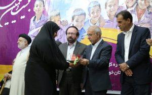 1555763423 img 1754 copy  300x188 آیین بیست و یکمین جشنواره خیرین مدرسه ساز استان خوزستان در بهبهان