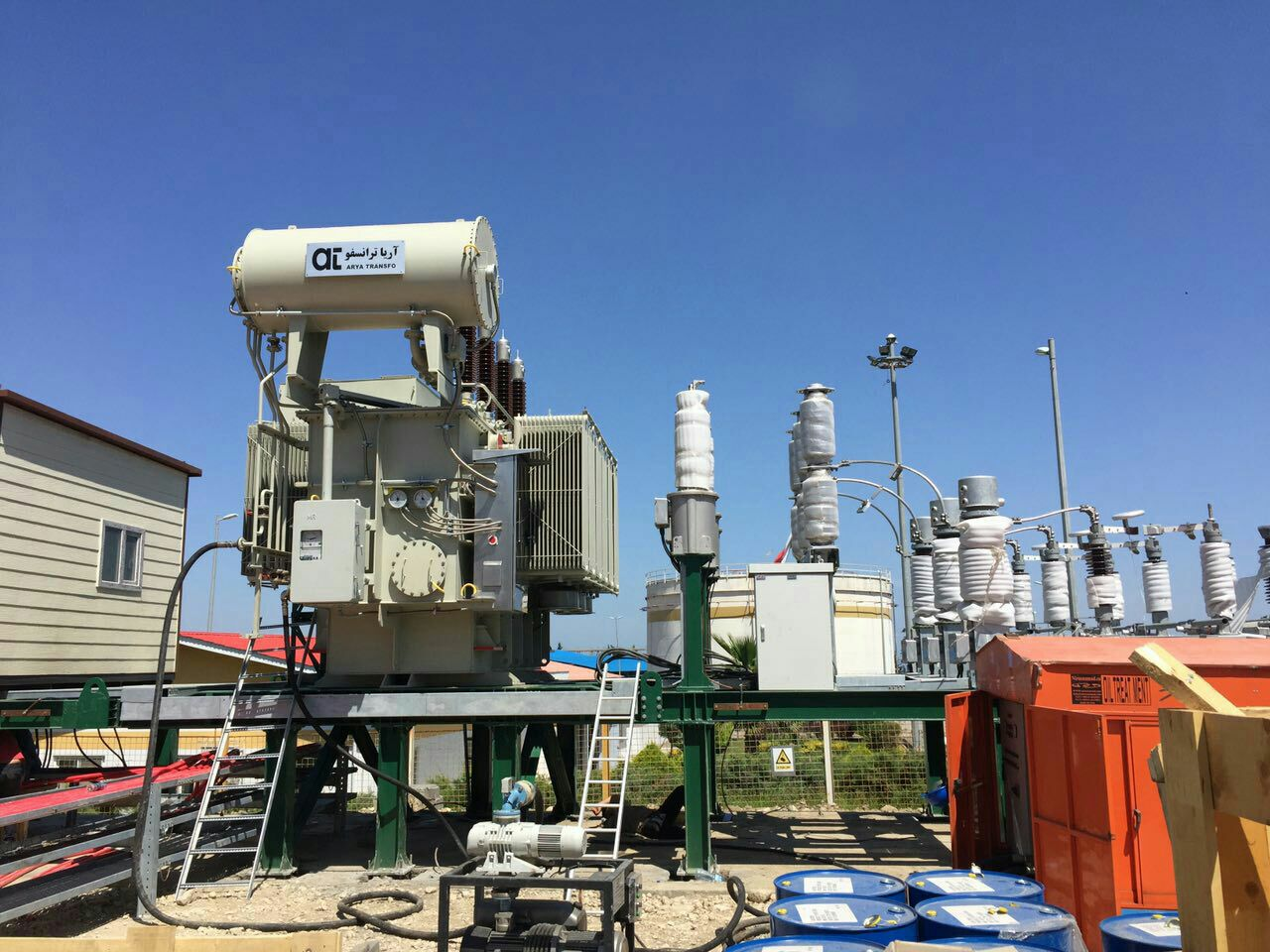 1 foghe tozie بزرگترین ترانس های قدرت برای پایداری برق خوزستان خریداری شدند