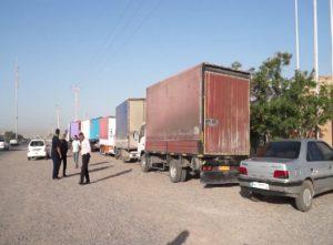 3463086 699 300x221 10کامیون تجهیزات به مدارس مناطق کم برخوردار استان خوزستان ارسال شد