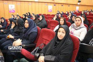 636927294934533190 b 300x200 برگزاری بیست و یکمین جشنواره خیرین مدرسه ساز استان خوزستان در امیدیه