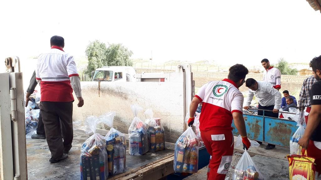 848f23dfcd0caa60cbef2fcef9f04826 امدادرسانی به 256 هزار و 701 نفر در سیل خوزستان