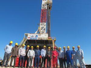 s54 1 300x225 عملیات اجرایی پروژه حفاری 10 حلقه چاه جدید آغاز شد