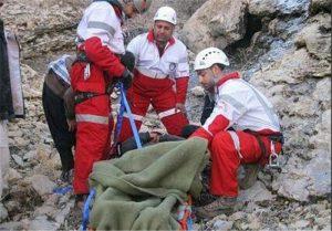 139407301355367326351314 300x209 سقوط یک زوج کوهنورد دزفولی از ارتفاعات کینو در محدوده بازفت/ یک نفر جان باخت