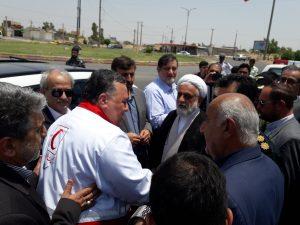 ۲۰۱۹۰۷۱۶ ۱۳۴۵۴۵ 300x225 بازدید نجار، رئیس سازمان مدیریت بحران کشور از مناطق زلزله زده مسجد سلیمان