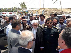 ۲۰۱۹۰۷۱۶ ۱۳۴۵۵۴ 300x225 بازدید نجار، رئیس سازمان مدیریت بحران کشور از مناطق زلزله زده مسجد سلیمان