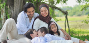 IMG 20190801 093930 300x146 پاداش ۳۰ هزار یورویی به زوجهایی که سه بچه بیاورند