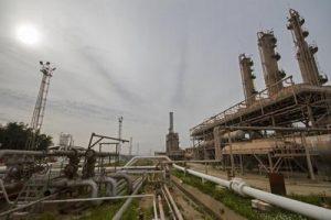 IMG 20191202 WA0001 300x200 آغاز طرح افزایش و نگهداشت توان تولید 2 مخزن در شركت نفت و گاز آغاجاری