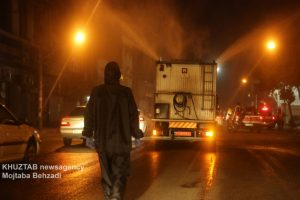 IMG 20200308 WA0024 300x200 استمرار عملیات ضدعفونی و گندزدایی معابر شهر اهواز توسط سازمان آتش نشانی