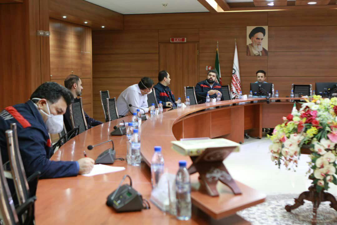 IMG 20200412 223301 625 اولین جلسه سال ۱۳۹۹ کمیته کنترل و پیشگیری کرونا در شرکت فولاد اکسین خوزستان