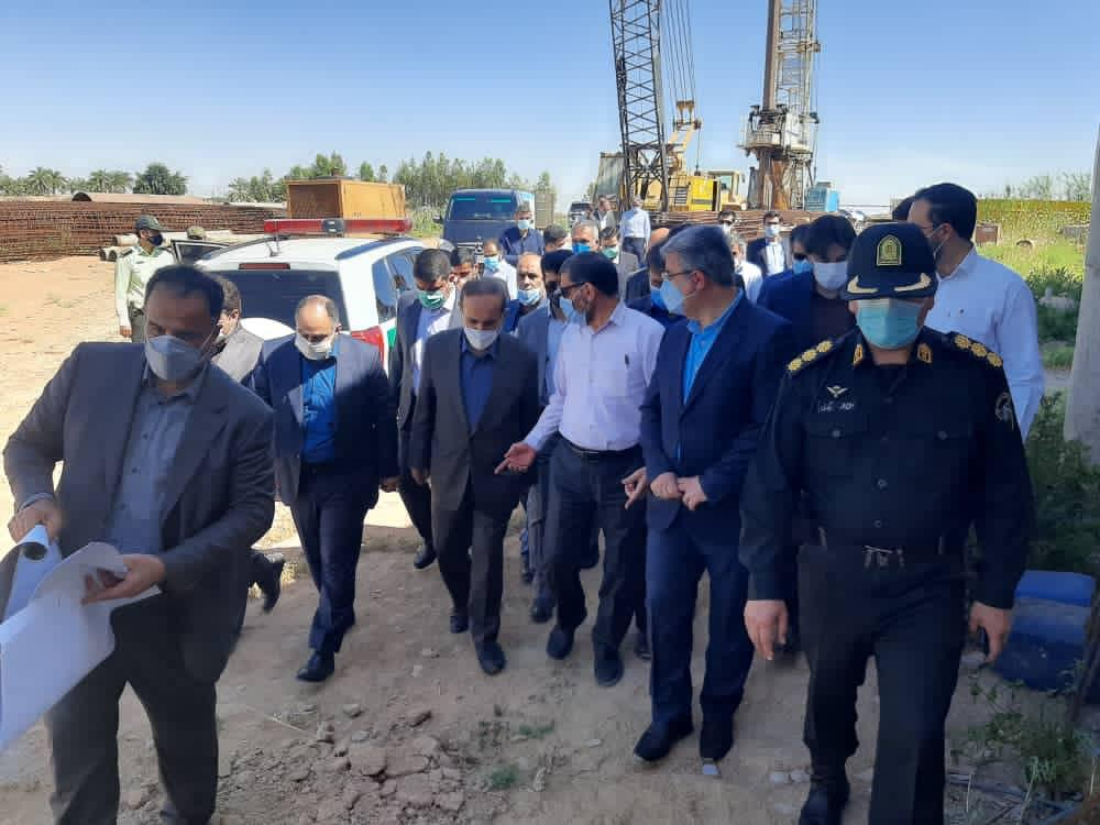 IMG 20210417 WA0015 بازدید استاندار خوزستان از روند اجرایی پروژه های شوشتر