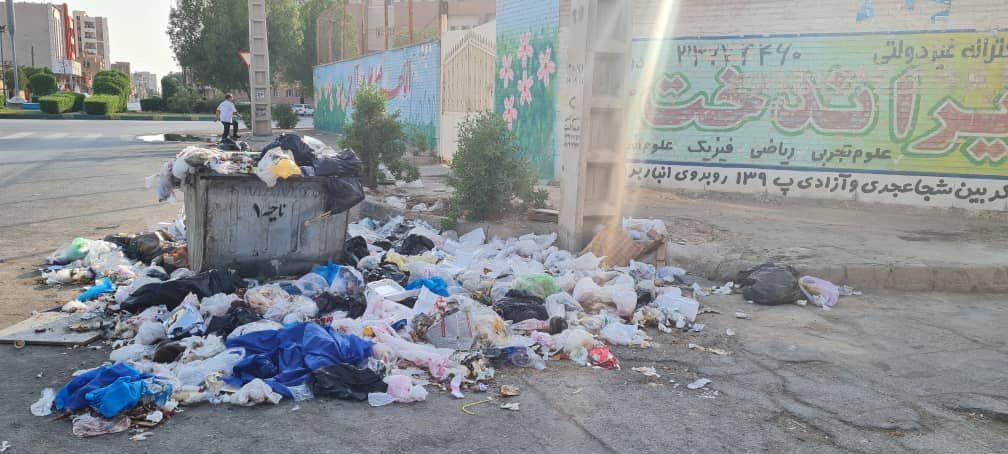 IMG 20211007 115359 400 1 سرریز زباله از خیابان های کمپلو(اهواز)